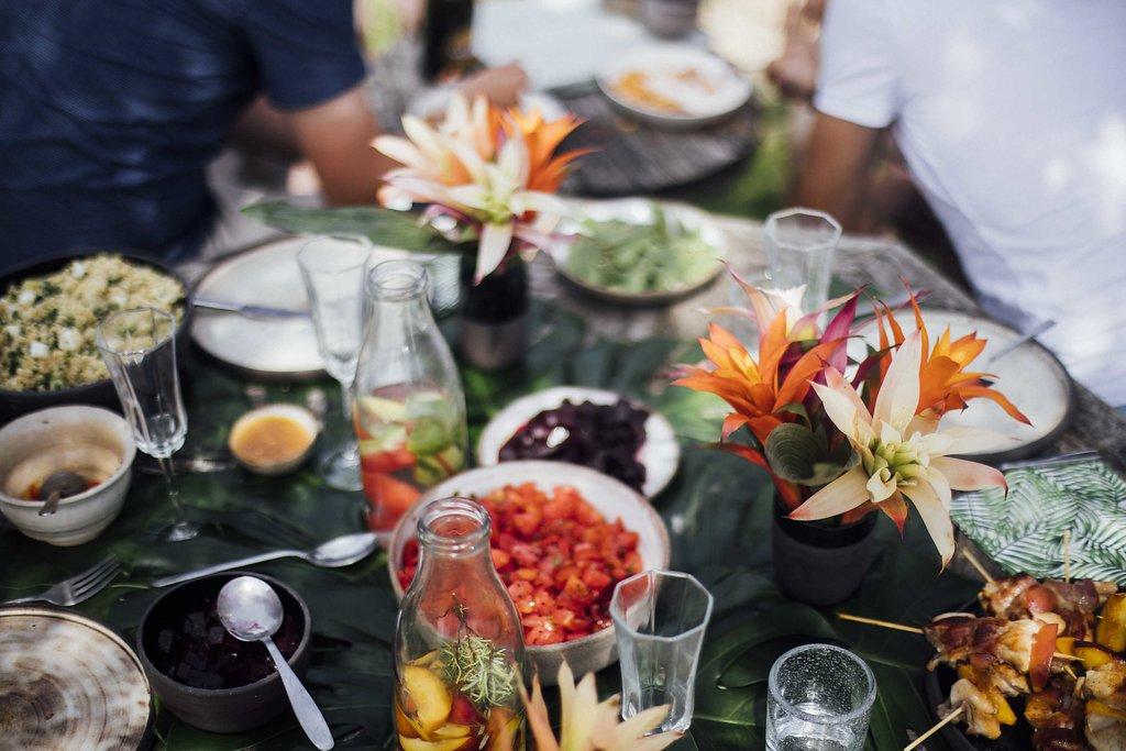 plancha summer party avec forge adour : déco de table – fouettmagic