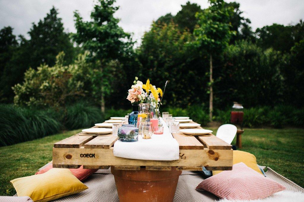 Toujours est,il qu\u0027il y a quelques temps, j\u0027ai profité d\u0027un dimanche pour  une garden party entouré de chouette nanas ; toutes bloggeuses.